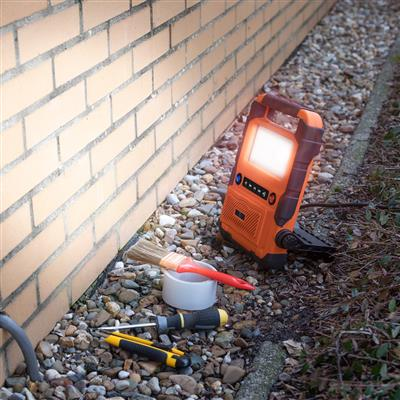 Parkside FCL-76016FR LED work light with bluetooth speaker and socket
